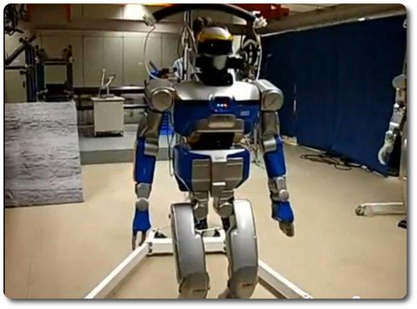 HRP-2 Roboter
